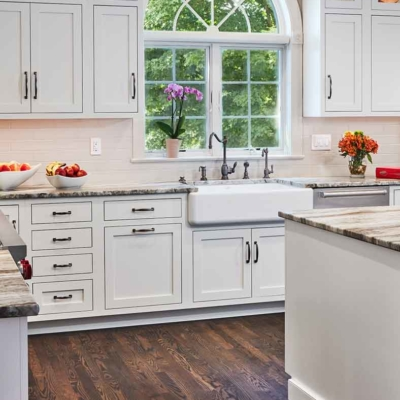 White Transitional Kitchen cabinet and drawer details